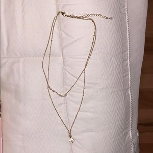 Jewelry - Double layered gold necklace